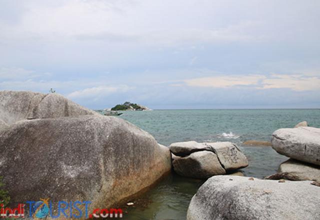 Batu-batu Granit yang hanya ada di Belitung