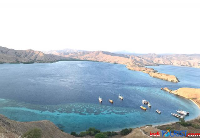 Cuaca buruk, kapal wisata di Labuan Bajo dilarang berlayar